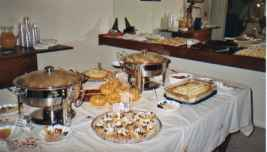 cater an event with a personal chef